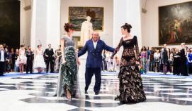 """Desfile Homenaje organizado por DIMOVA y el Museo de Bellas Artes San Pío V, con motivo de la inauguración de la exposición """"La moda ¿el Octavo Arte?"""