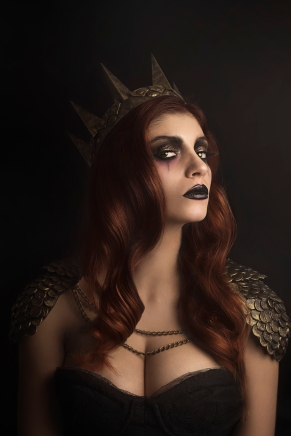 Fotografía : Nao Gallart Modelo: Ana Yahia Maquillaje :Isis Diaz