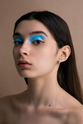 Photography: Nao Gallart Make up: Isis Díaz Model: Laura Rodríguez