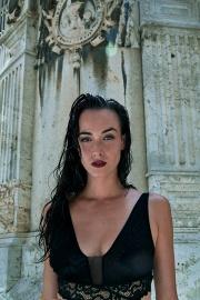 Modelo: Viloleta De Aqua Fotografía: Iloveshoot Estilismo: Sofía Sebastian MUA : Isis Diaz